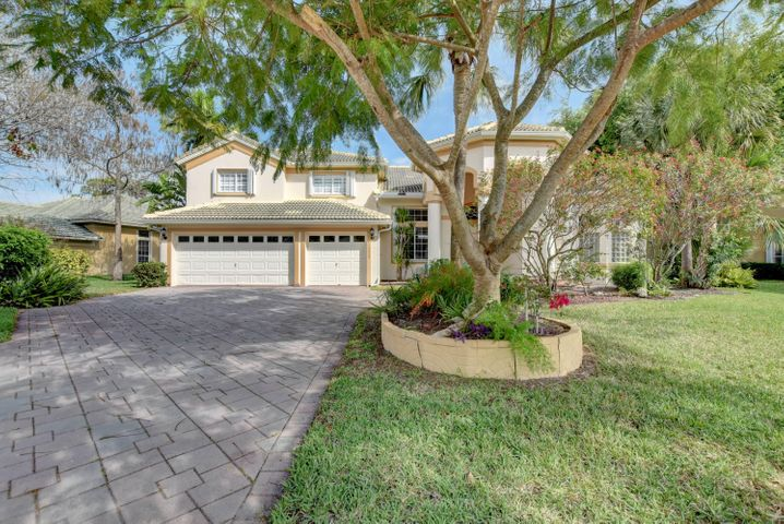 15923 Cypress Park Drive, Wellington, FL