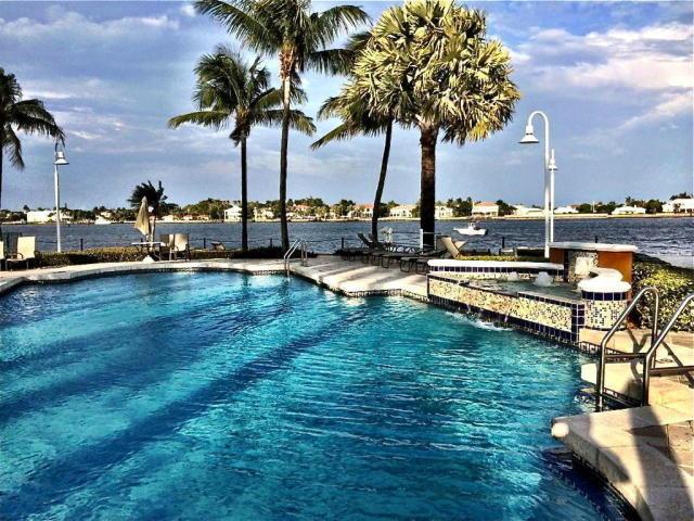 111 Yacht Club Way, 205, Hypoluxo, FL 33462