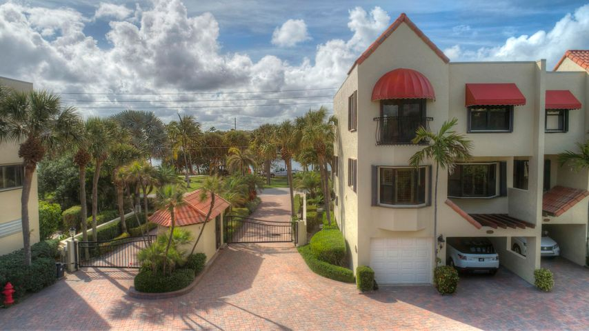170 Celestial Way 8-1, Juno Beach, FL 33408