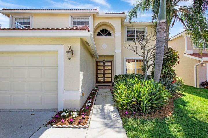 3626 Newport Avenue, Boynton Beach, FL 33436