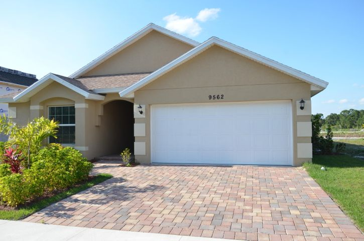 9562 Seaspray Drive, Fort Pierce, FL 34945