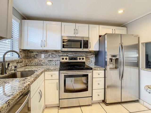 2800 North Pine Island Road Apartment 21