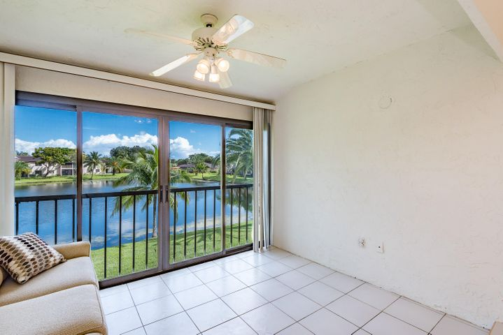9289 Vista Del Lago, F, Boca Raton, FL 33428