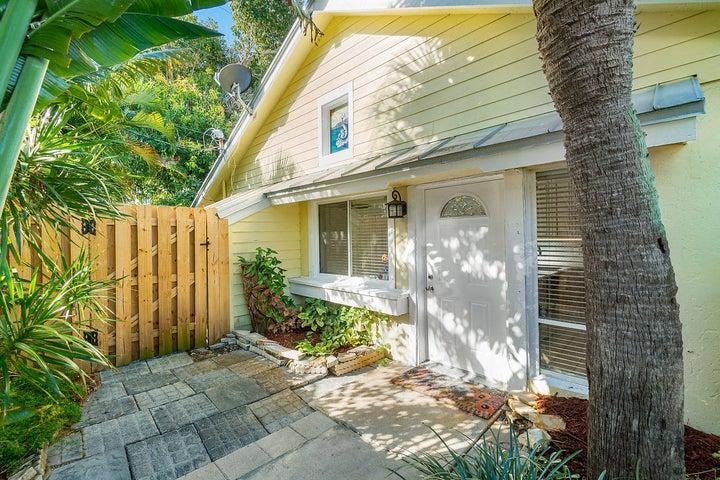 1950 Windsor Drive, North Palm Beach, FL 33408