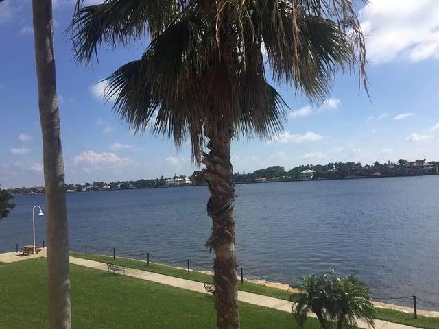 180 Yacht Club Way 305, Hypoluxo, FL 33462