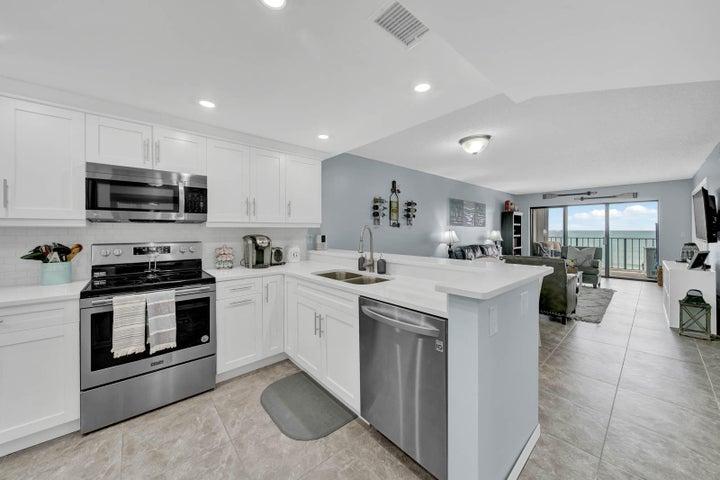 9400 S Ocean Drive, 805, Jensen Beach, FL 34957