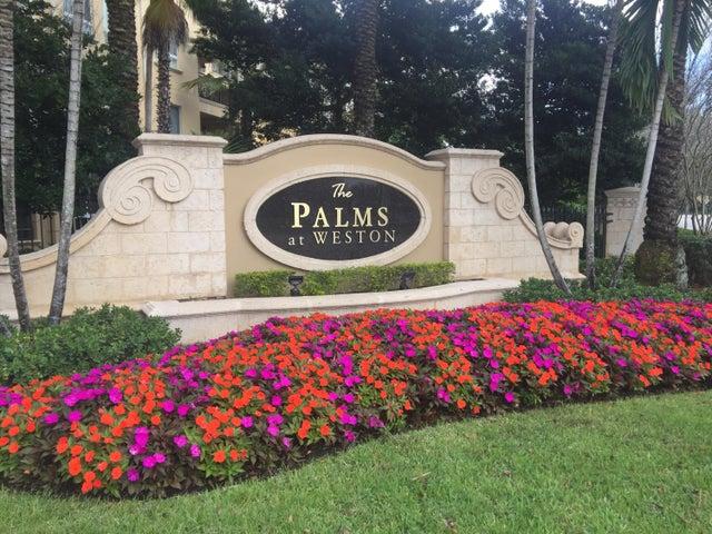 16100 Emerald Estates Drive, 390, Weston, FL 33331