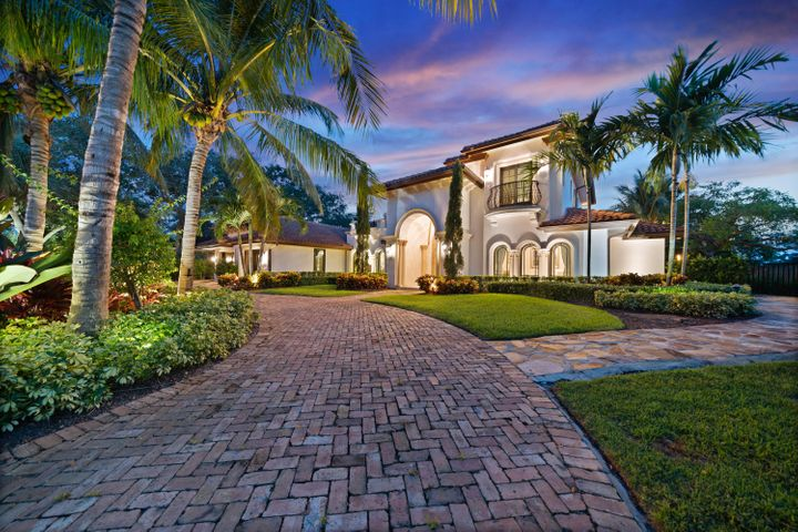 4816 S Lake Drive, Boynton Beach, FL 33436