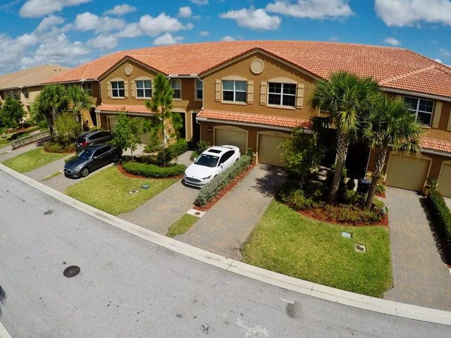 5813 Monterra Club Drive, Lake Worth, FL 33463