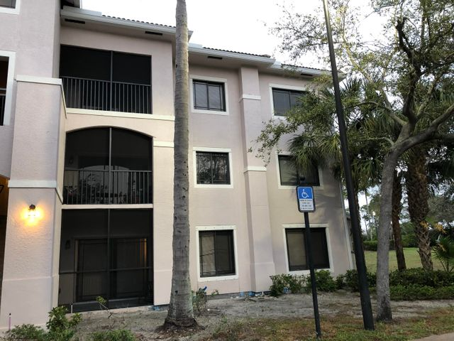 Great corner unit 2 bedroom 1 bath in very good condition. Lots of natural light. Unit is partially  furnished.Great location and great community located close to the shopping mall, Palm Beach Gardens Downtown with lots of restaurants and bars. Great access to I-95 and Juno Beach. Amenities include Community heated pool, tennis court, lots of walking pathways around the complex, gym, hot tub and more.Available now for annual rental. Minimal credit score required by the HOA.