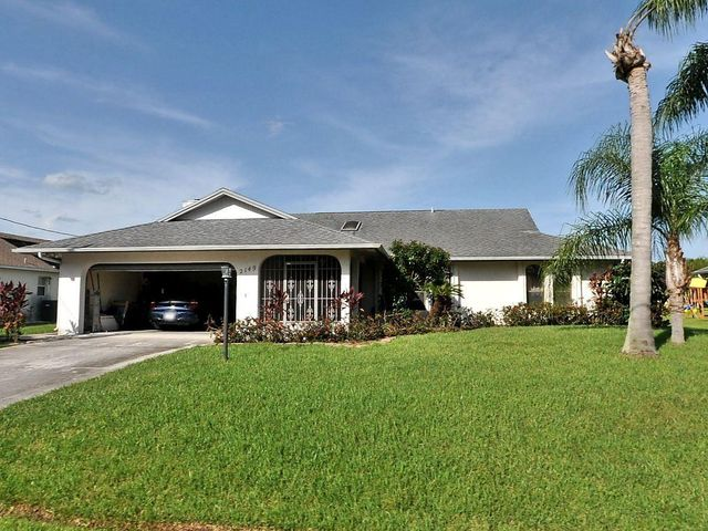 2149 SW Chestnut Lane, Port Saint Lucie, FL 34953