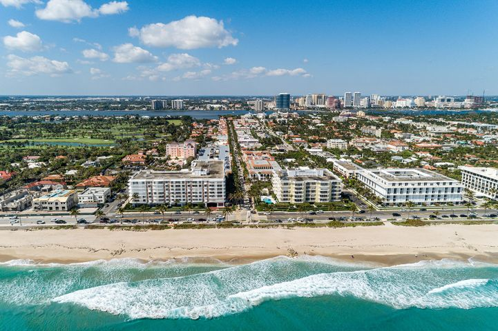 This one is a *must see!* You'll say WOW at how spacious it is in person and the blue ocean view. Imagine going to the ocean via private underground tunnel & enjoying sunrises on the sand, grabbing coffee at Starbucks or being just 2 blocks from happy hour at Taboo. That can be your reality at the iconic Winthrop House. This move-in ready 2 bedroom condo w/ formal dining room has it all: 3 large walk-in closets, 2 garage parking spots, hurricane impact windows on 4 balconies + a formal foyer. PET friendly! (small dog ok w/ board approval). Updates incl. impact sliders/windows (50k), resurfaced ceiling, fresh paint, updated electric + new panel. Renovated Pool + gym. Walk to Starbucks, The Colony, Taboo, Bice, Bricktops, fine dining, shopping + more. Valet, 24HR Doorman + white glove svc. The Winthrop House is a full service building known for it's high level of customer service and was recently renovated with a brand new gym, rooftop terrace with ocean views, luxurious new pool area and landscaping. It also offers 24 hour security, full time door staff, dedicated onsite manager, a library/party room, valet and garage parking.