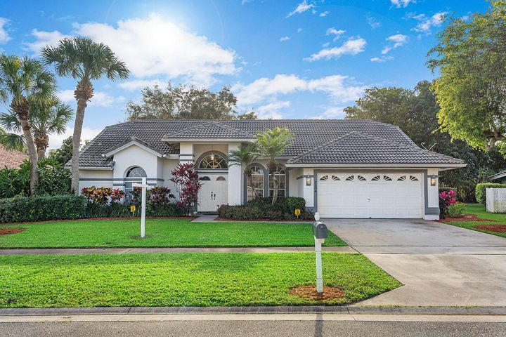 7534 Briar Cliff Circle, Lake Worth, FL 33467