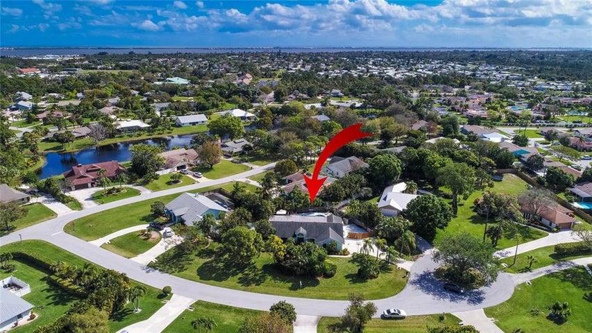 3247 NE Kapok Court, Jensen Beach, FL 34957