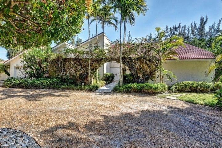 114 N Beach Road, Hobe Sound, FL 33455