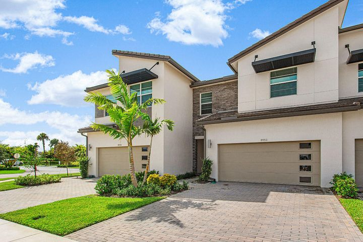 8952 Kingsmoor Way, Lake Worth, FL 33467