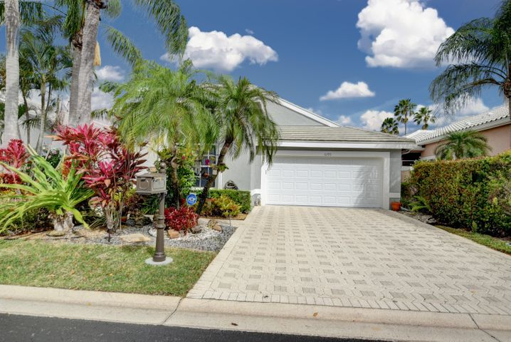 6399 Three Lakes Lane, Boynton Beach, FL 33437