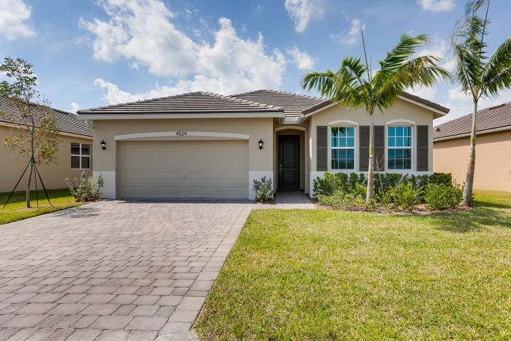 4524 NW King Court, Jensen Beach, FL 34957