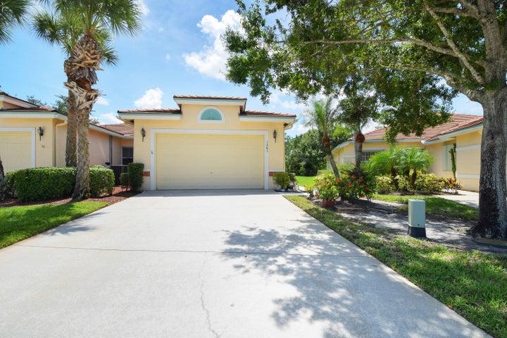 1361 SW Greens Pointe Way, Palm City, FL 34990