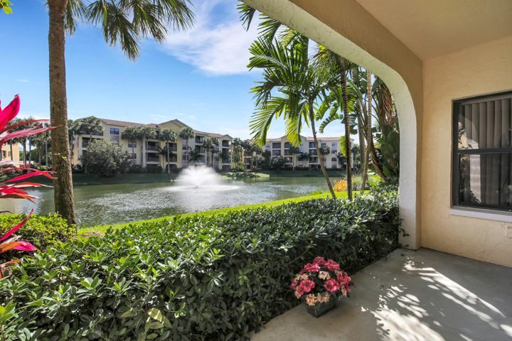 WOW - extremely sought after and hard to find 3Br/2Ba. 1st floor, corner unit w/great lake view. Resort style community, Unit features ceramic tiles throughout. Community features of this gated, meticulously maintained property include two heated pools & spas, state of the art fitness room, social & media room. Conveniently located minutes from 1-95 & Turnpike, shopping & beaches.