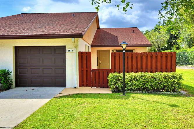 3814 Silver Lace Lane, Boynton Beach, FL 33436