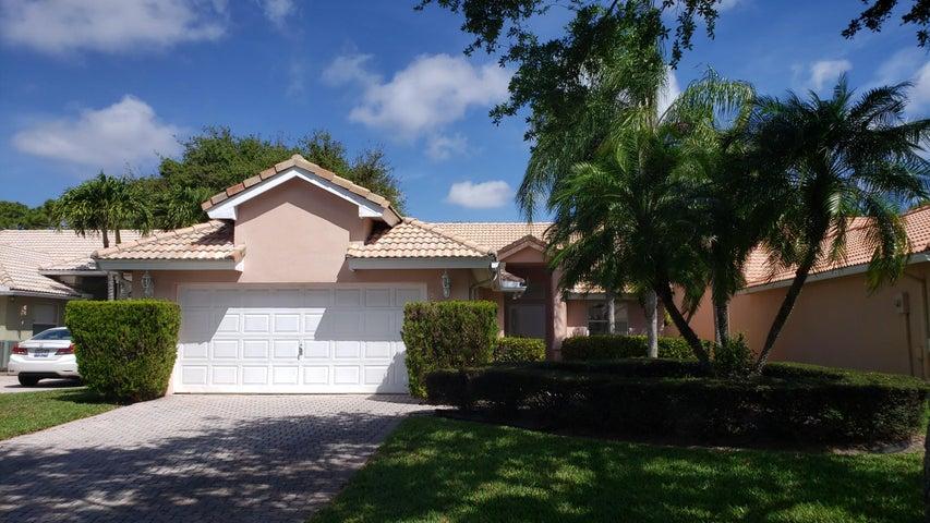 5349 Grande Palm Circle, Delray Beach, FL 33484