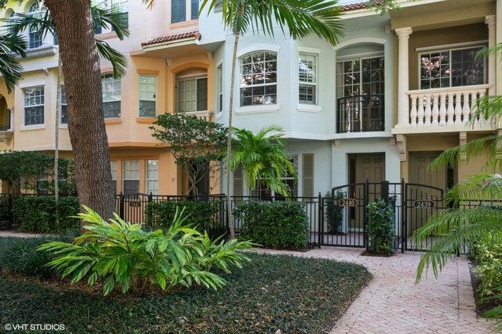 2440 San Pietro Circle, Palm Beach Gardens, FL 33410