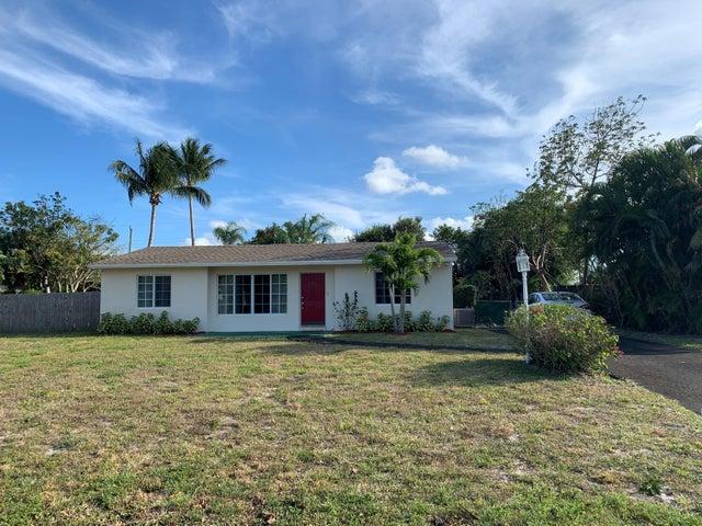 1802 Antigua Road, Lake Clarke Shores, FL 33406