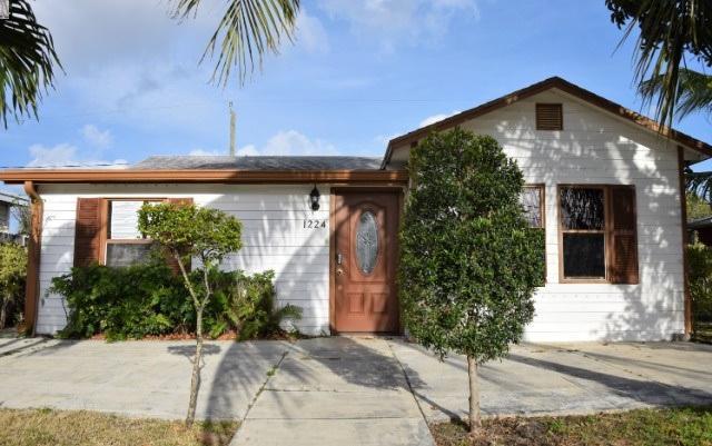 1224 N A Street, Lake Worth Beach, FL 33460