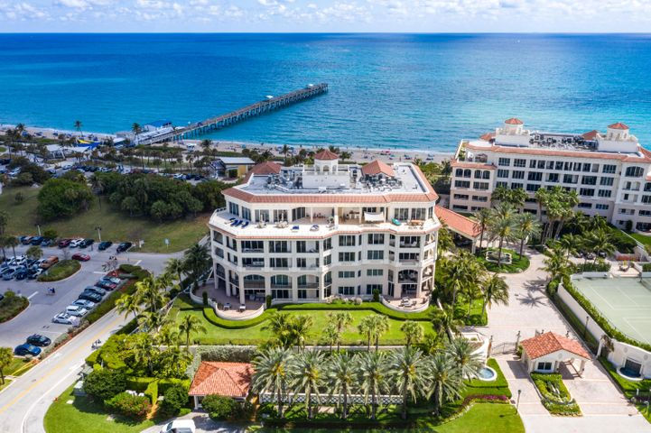 Now more than ever private outdoor space is coveted. 202 is one of the most unique properties in the Bellaria offering stunning intracoastal views from major rooms, recently updated interior design, a 1200 SF oversized outdoor veranda overlooking the intracoastal waterway, an elevator leading to a private vestibule, 10'4'' ceiling height, a private 2 car garage, and a 700 SF private custom storage room housing a refrigerator and wine refrigerator along with high end cabinetry. The 3000 Building captures the attention of owners who prefer only the best in amenities. This full Service Building offers 24 hour security at gate, doorman, gym, pool, billiard room, theatre, and social room with kitchen. Two pets accepted, no weight restrictio