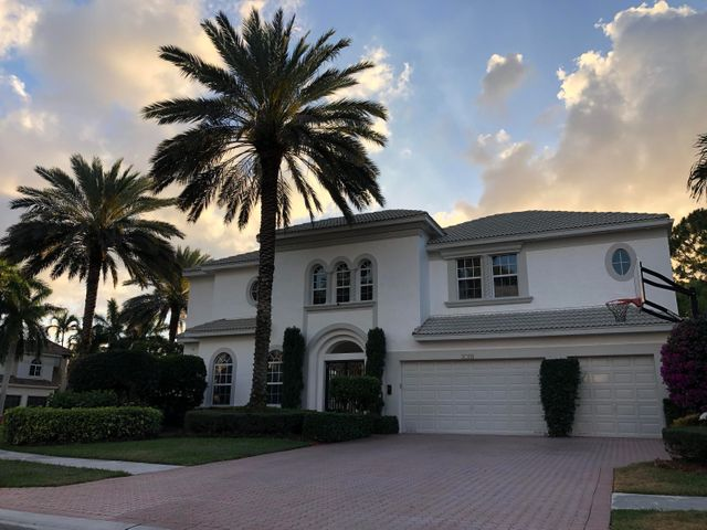 6766 Royal Orchid Cr, Delray Beach, FL 33446