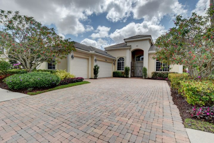 6778 Casa Grande Way, Delray Beach, FL 33446