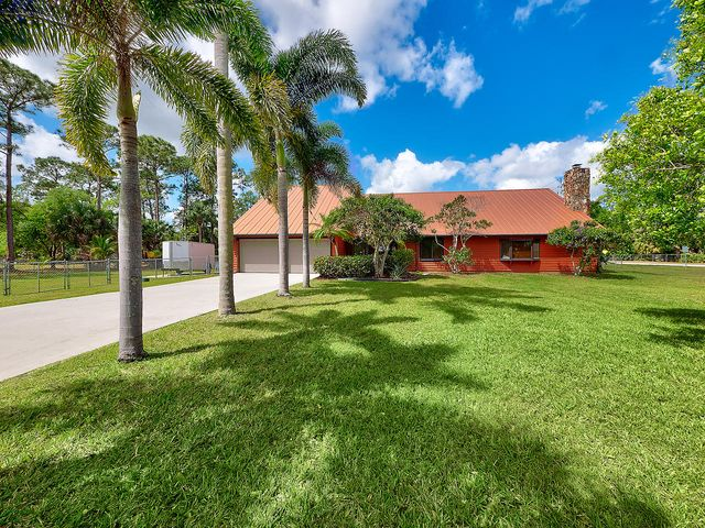 8438 SW 18th Avenue, Stuart, FL 34997
