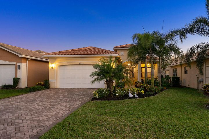 8226 Cloud Peak Drive, Boynton Beach, FL 33473
