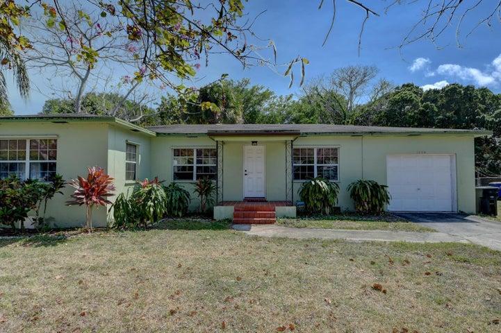 1003 Georgia Avenue, Fort Pierce, FL 34950