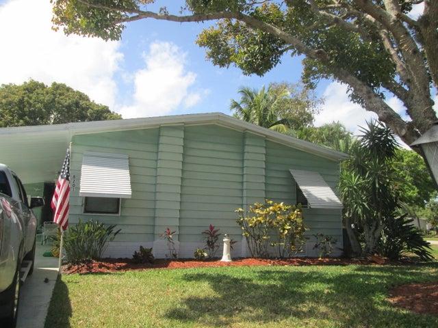 8201 Cinnamon Lane, Port Saint Lucie, FL 34952