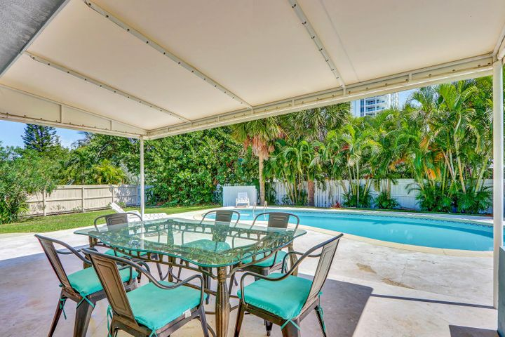 1310 Manor Drive, Singer Island, FL 33404