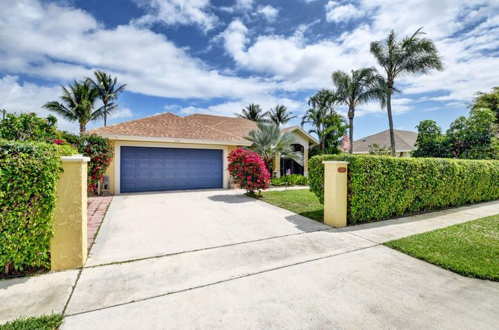 3518 Diane Drive, Boynton Beach, FL 33435