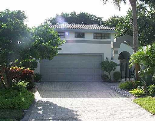 7688 Glendevon Lane, Delray Beach, FL 33446