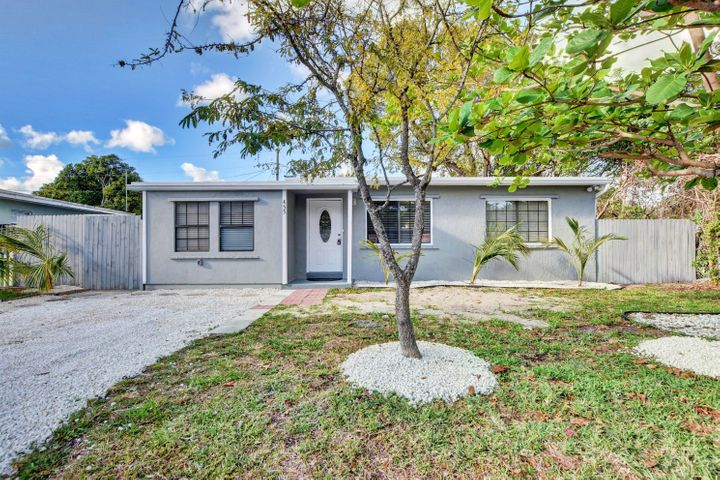 455 Tulip Tree Drive, Lantana, FL 33462
