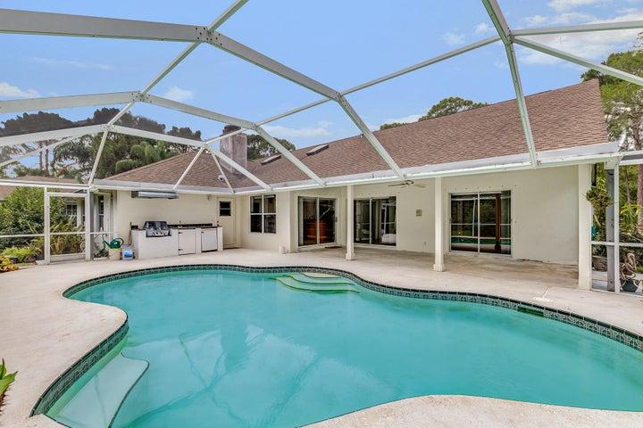 16186 78th Drive N, Palm Beach Gardens, FL 33418