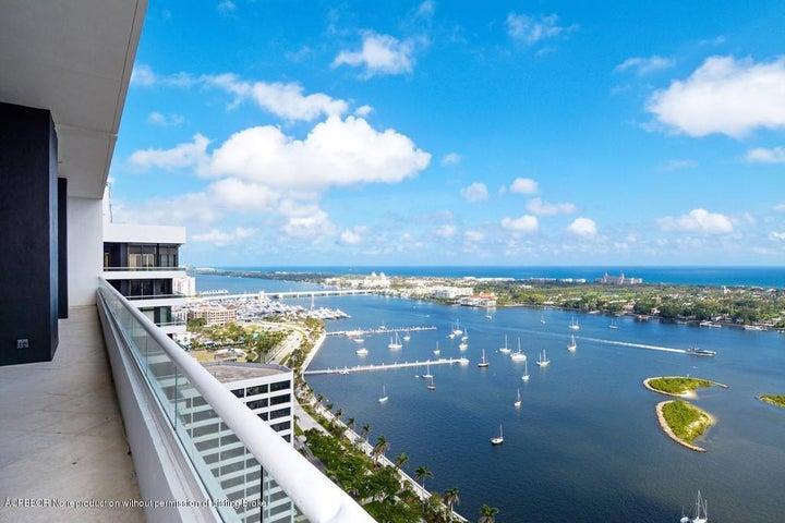 525 S Flagler Drive Grand Penthouse 4, West Palm Beach, FL 33401