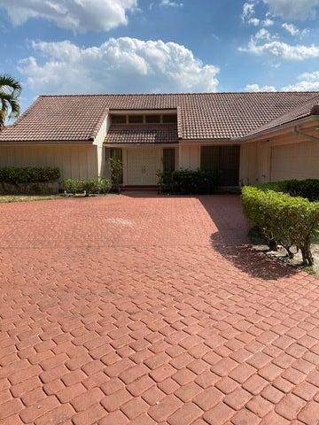 7 Aiden Court, Palm Beach Gardens, FL 33418