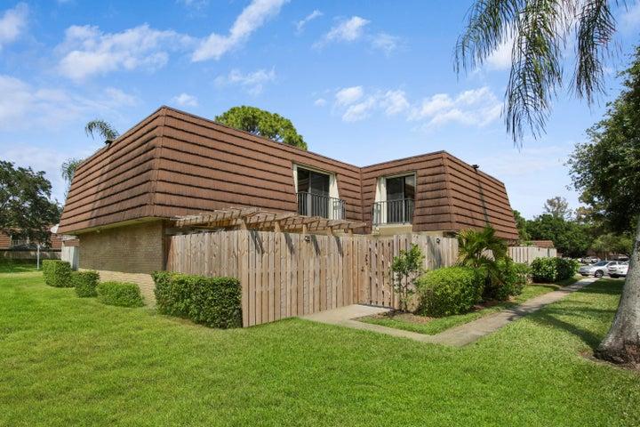 503 5th Lane 503, Palm Beach Gardens, FL 33418