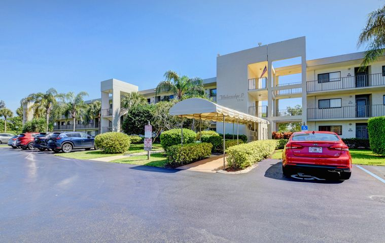 5574 Witney Drive 105, Delray Beach, FL 33484