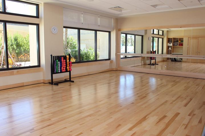 12-Fitness Center Pilates Room