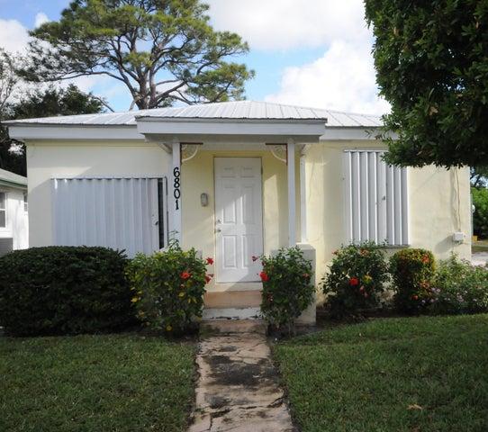 6801 4th Street, Jupiter, FL 33458