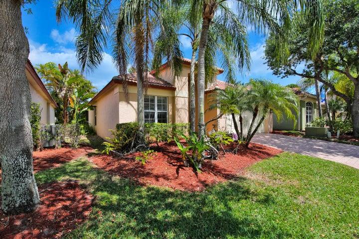 5008 Elpine Way, Riviera Beach, FL 33418