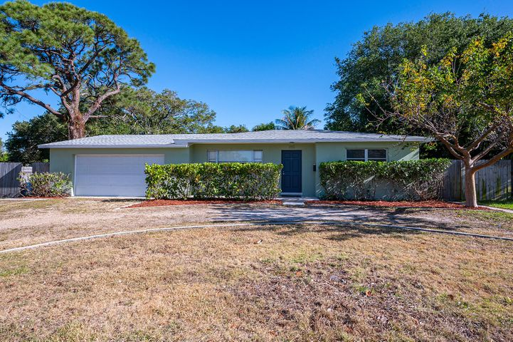 335 Park Avenue, Lake Park, FL 33403