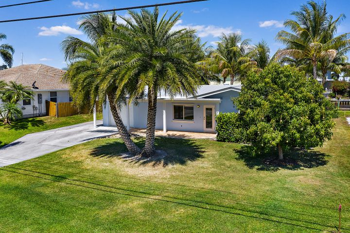 1719 SW Dyer Point Road, Palm City, FL 34990